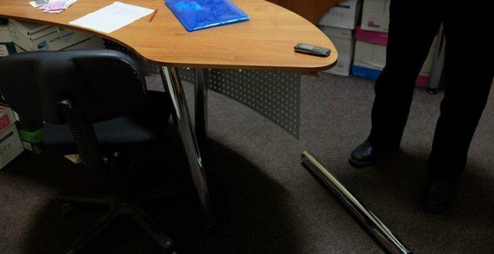 У Луцьку чоловік викрав офісний стілець, фото-1